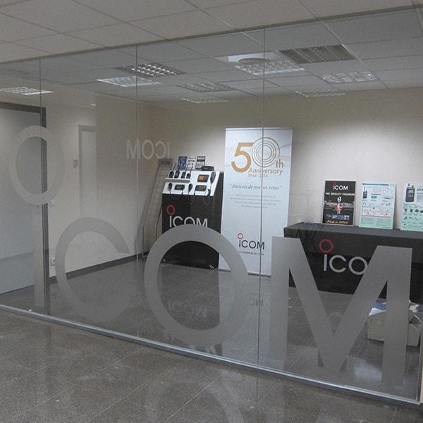 Cut vinyl letters on glass - PCG Barcelona