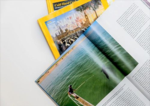 Learn how to choose the best paper for your printing work: Magazines - PCG Barcelona
